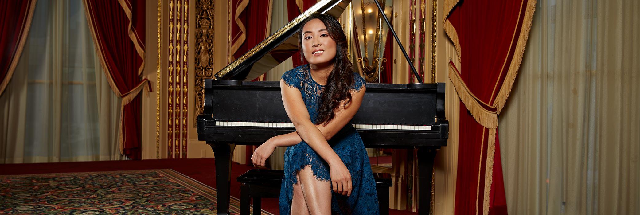 Tingting Yao at her piano